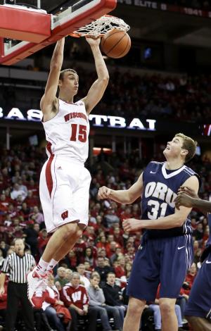 Wisconsin beats Saint Louis 63-57