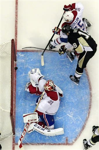Gionta's 2nd goal lifts Habs over Lightning, 3-2