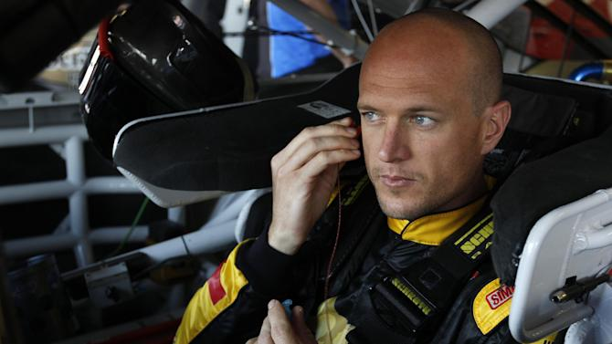 Web movement helps send Wise to Talladega race