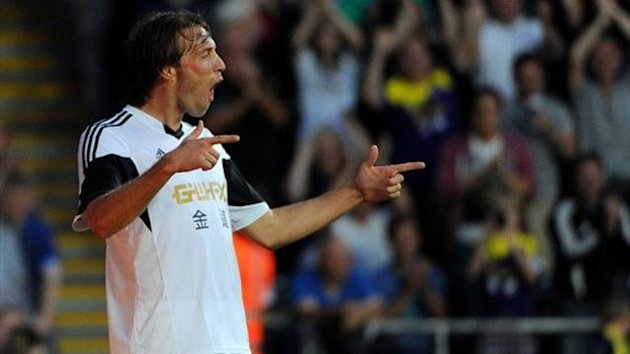 Manuel Michu, Swansea City (AP)