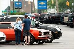 Do women 'need a dude' to help them buy a car?