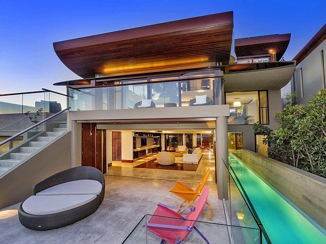 On The Market: Australian Pad Rented by Ricky Martin Will Auction in May