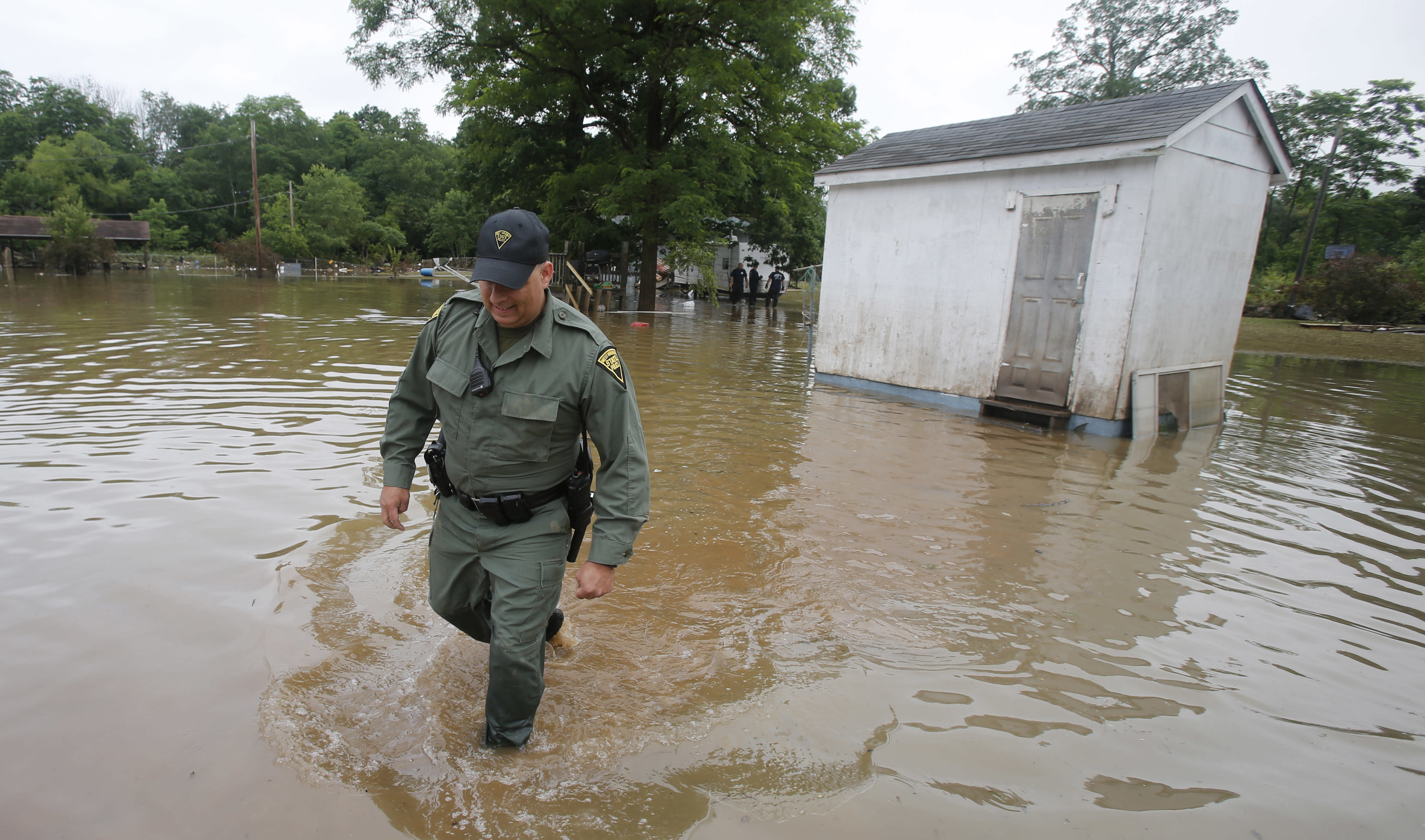 Obama OKs federal aid for West Virginia; at least 24 dead