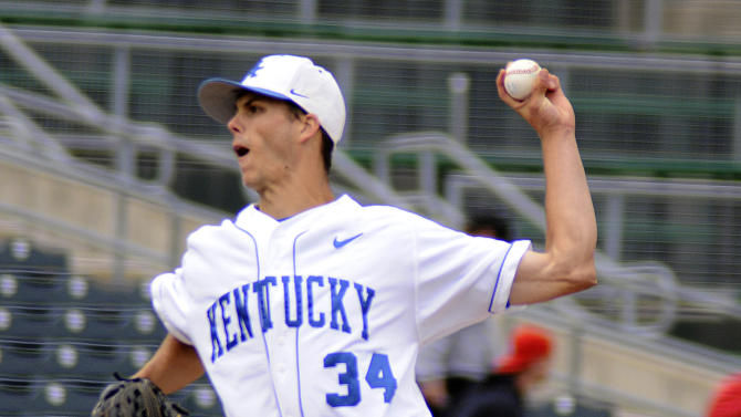 Kentucky pitcher Taylor Rogers fires a pitch to a Kent State batter during an NCAA college baseball tournament regional game in Gary, Ind., Friday, June 1, 2012. (AP Photo/Joe Raymond)