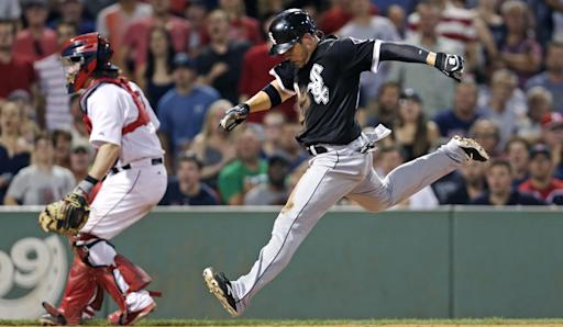 White Sox outlast Red Sox 10-8