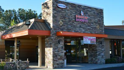 Dunkin' Donuts & Baskin-Robbins Drive-Thru & a Tax Day Happy Hour