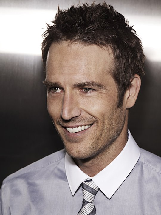 "Michael Vartan stars as Doctor Tom Wakefield in ""HawthoRNe."""