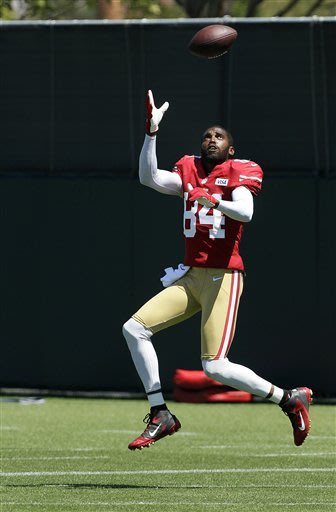 He's Back: Moss set to make 49ers debut vs Vikings