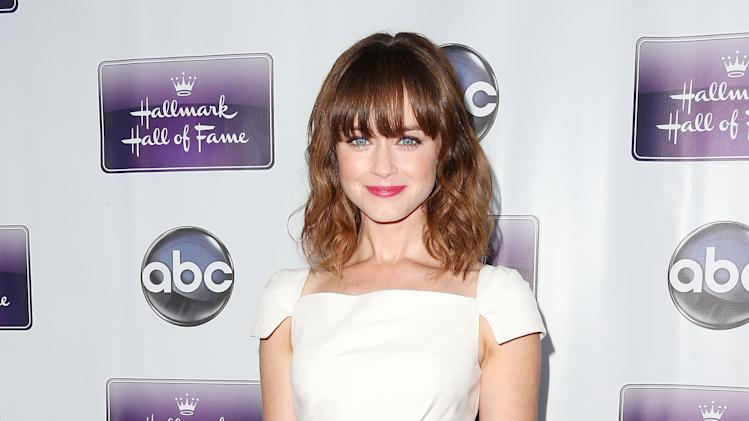 "Premiere Of Disney ABC Television And The Hallmark Hall Of Fame's ""Remembering Sunday"" - Arrivals"