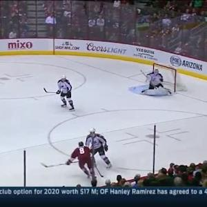 Reto Berra Save on Tobias Rieder (07:31/1st)