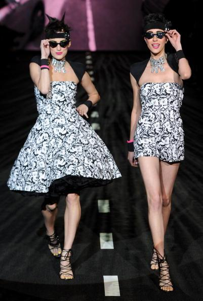 The girls wearing these matching Marilyn Monroe printed outfits had serious sass.