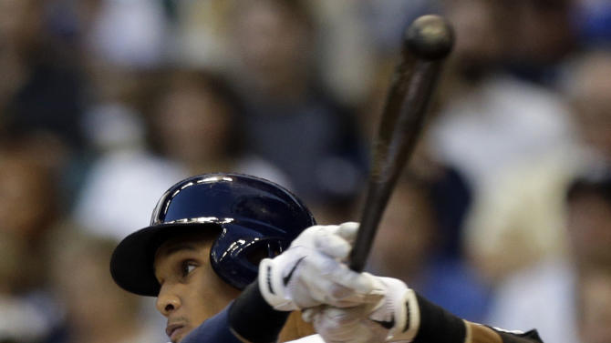 Lohse, Gomez lead Brewers past Padres, 3-1