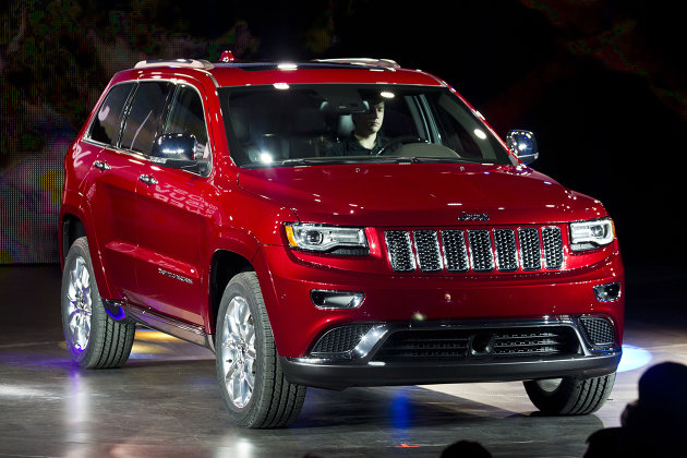 This newly redesigned Jeep Grand Cherokee has wowed critics. Chrysler needs more models like it.