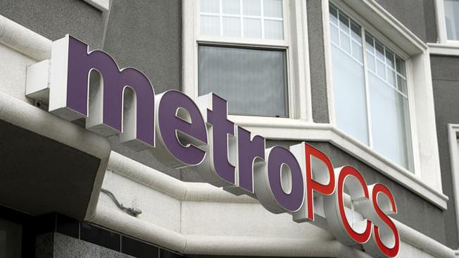 MetroPCS shareholders revolt over T-Mobile deal
