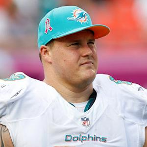 Free agent Richie Incognito meets with the Tampa Bay Buccaneers