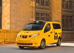 Nissan Debuts 2014 Pathfinder Hybrid, NV200 Mobility Taxi at New York International Auto Show