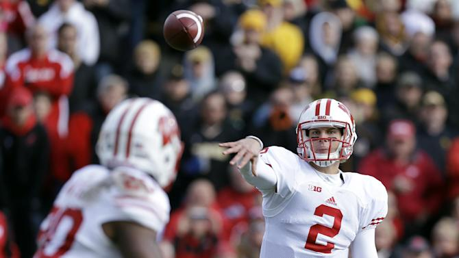 No. 21 Wisconsin powers through to stretch run