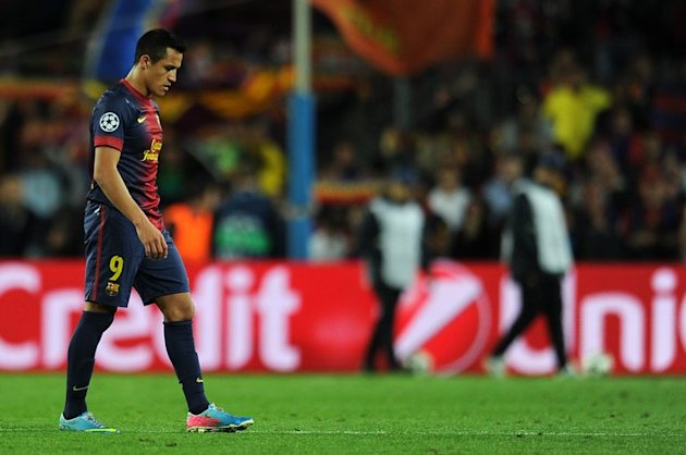 Barcelona's forward Alexis Sanchez leaves the pitch at the Camp Nou stadium in Barcelona on May 1, 2013