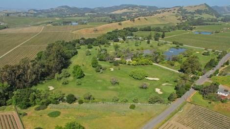 Napa Valley's Vineyard Knolls: A Golfer's Dream Estate