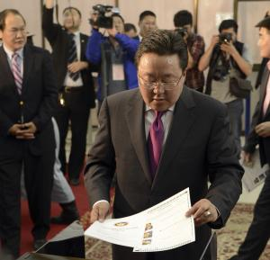 Mongolian leader re-elected on anti-graft agenda