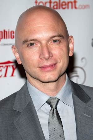 """FILE - In this May 23, 2010 file photo, actor Michael Cerveris arrives at the 55th Annual Drama Desk Awards in New York.  Cerveris will star as Juan Perón in Tim Rice and Andrew Lloyd Webber's """"Evita."""" (AP Photo/Charles Sykes, file)"""