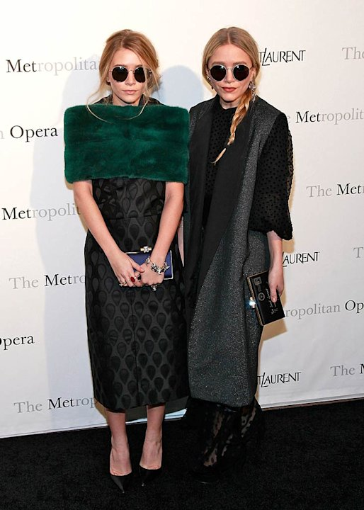 Ashley Mary Kate Olsen Le Comte Opry