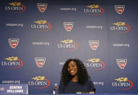 Serena insists pressure not a factor in Grand Slam bid