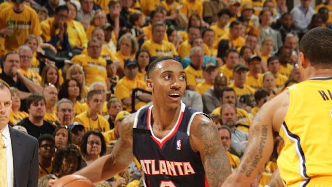 Hawks take 1-0 lead by rolling past Pacers 101-93