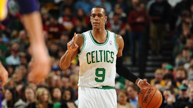Rondo returns but Lakers beat Celtics 107-104