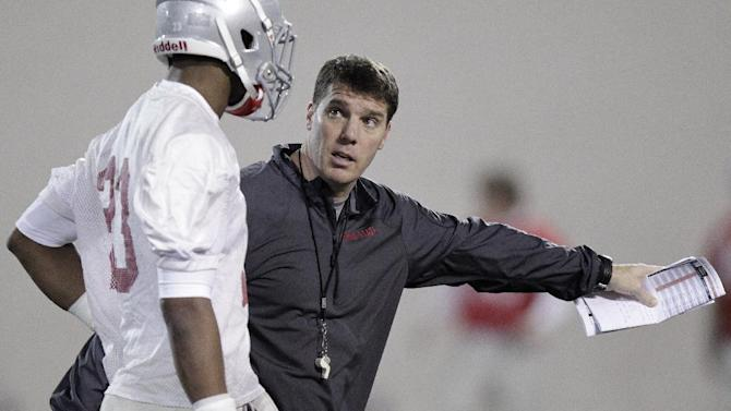 Off late collapse by defense, Meyer demands change