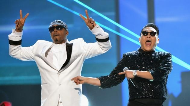 Hammer and PSY perform onstage during the 40th Anniversary American Music Awards held at Nokia Theatre L.A. Live in Los Angeles on November 18, 2012 -- Getty Premium