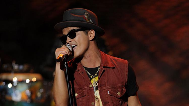 "Bruno Mars performs ""The Lazy Song"" on ""American Idol."""