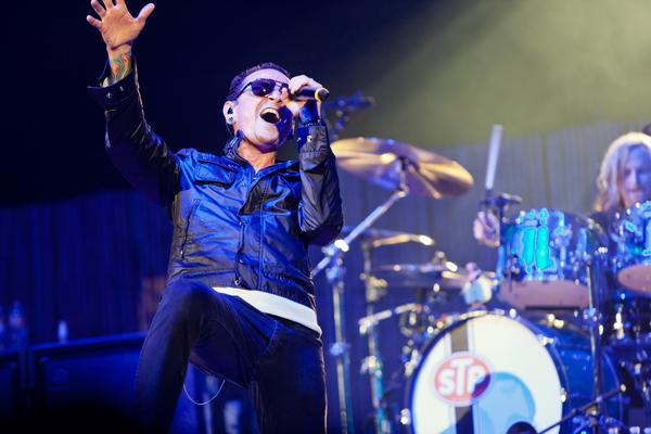 Chester Bennington Fronts Stone Temple Pilots at KROQ Weenie Roast