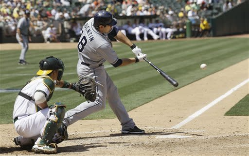 Gomes' leads A's past the Padres, 6-4