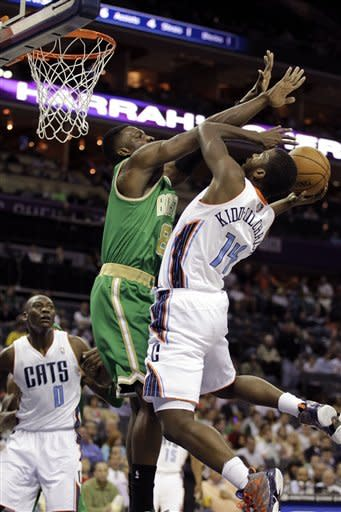 Henderson lifts Bobcats over Celtics 100-74