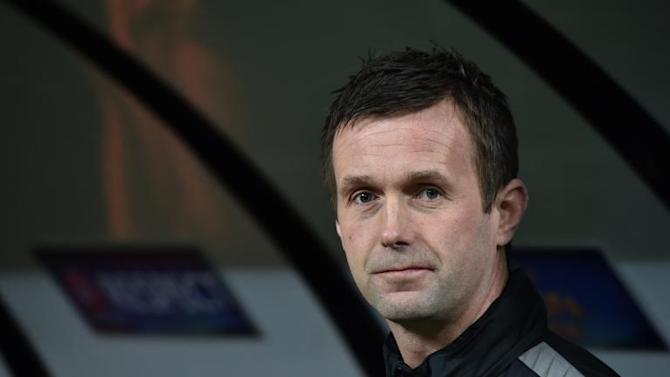 Celtic manager Ronny Deila looks on during a Europa League match on February 26, 2015 at the San Siro Stadium