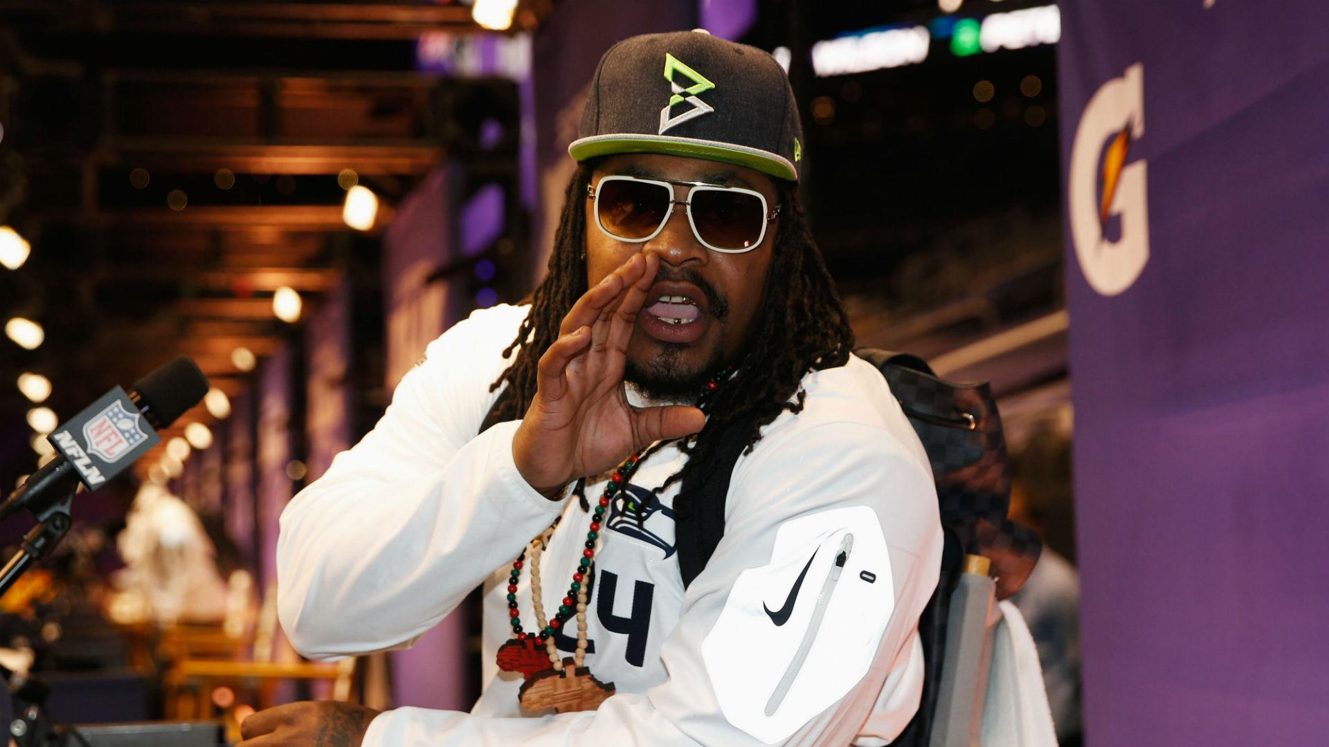 Marshawn Lynch has talked to ex-teammates about NFL return in 2016, report says