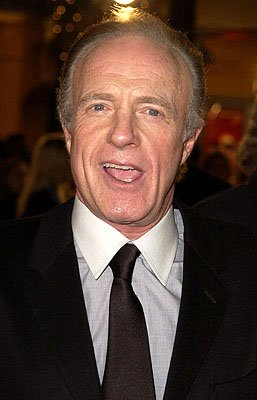 Premiere: James Caan at the Westwood premiere of Warner Brothers' Ocean's Eleven - 12/5/2001