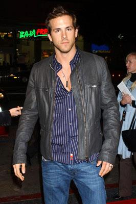 Premiere: Ryan Reynolds at the Hollywood premiere of New Line Cinema's After the Sunset - 11/4/2004