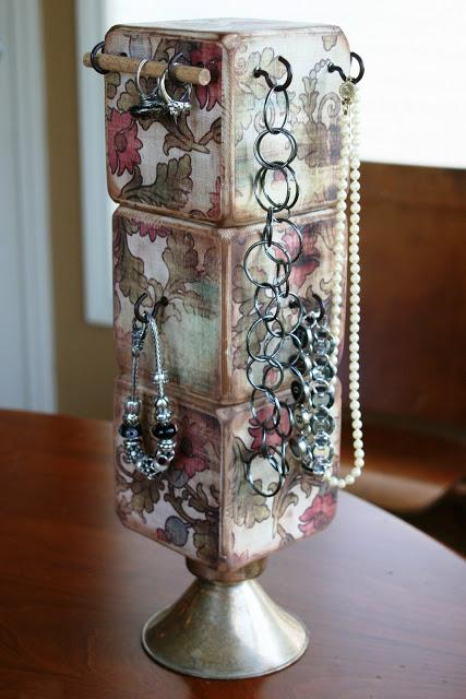 DIY Jewelry Holder by Mamie Jane's