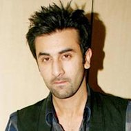 Ranbir Kapoor: &#39;Keep changing gadgets, not girlfriends!&#39;