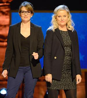 Tina Fey, Amy Poehler to Co-Host 2013 Golden Globes!