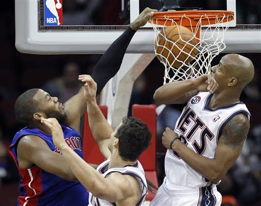 Monroe's double-double leads Pistons over Nets