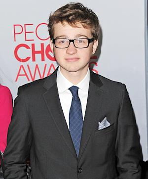 "Angus T. Jones Apologizes for Showing ""Disrespect"" in Two and a Half Men Rant"