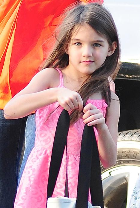 Katie Holmes Enrolls Suri Cruise at Convent of Sacred Heart: Report