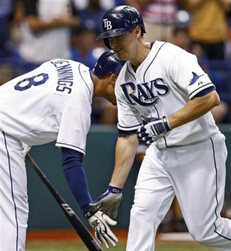 Hellickson wins 4th straight start for Rays