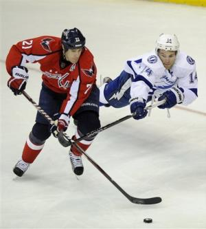Ovechkin lifts Caps past Lightning 3-2 in OT