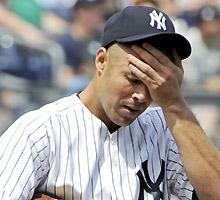 Vazquez vanishes again in pinstripes