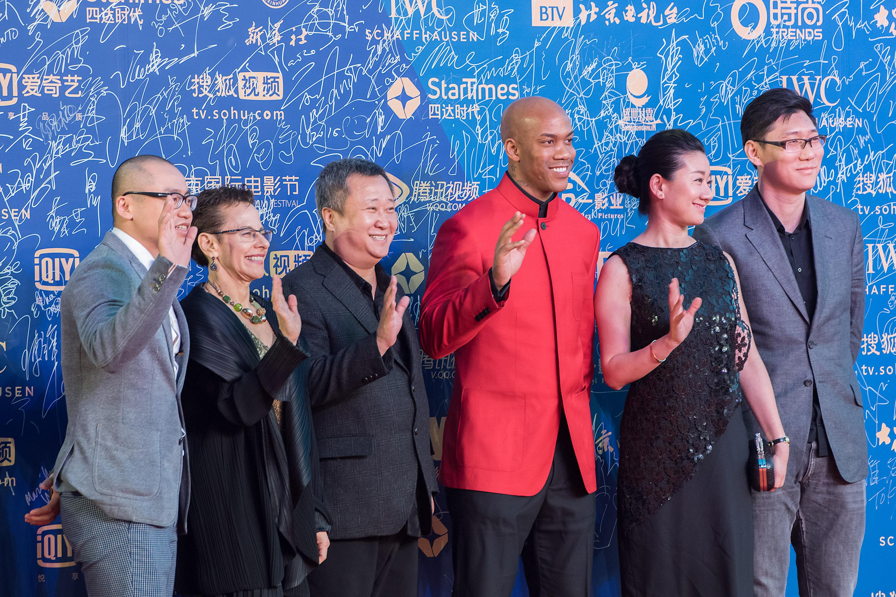 Village Roadshow Inks Five-Picture Deal With China's Beijing Hairun Pictures