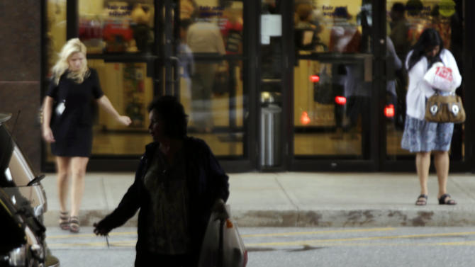 Retailers report slower sales growth in  Sept